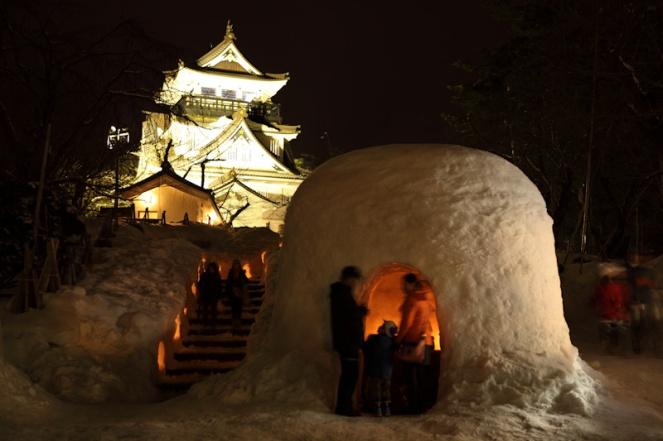 Yokote Kamakura Festival. Photo belongs to : http://www.goldenjipangu.com/150215akita.html